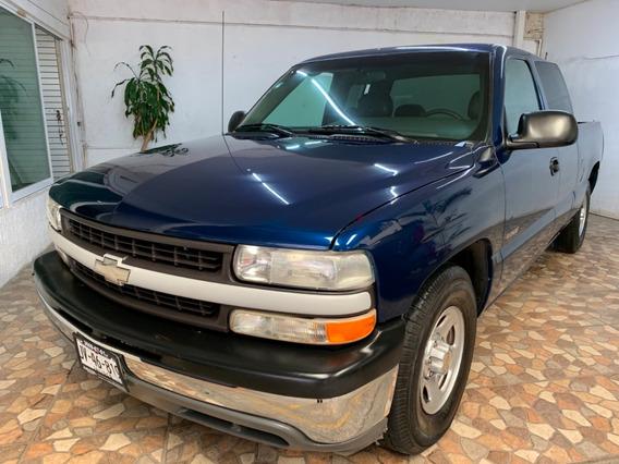 Chevrolet Silverado Cabina Y Media 6 Cilindros Como Nueva