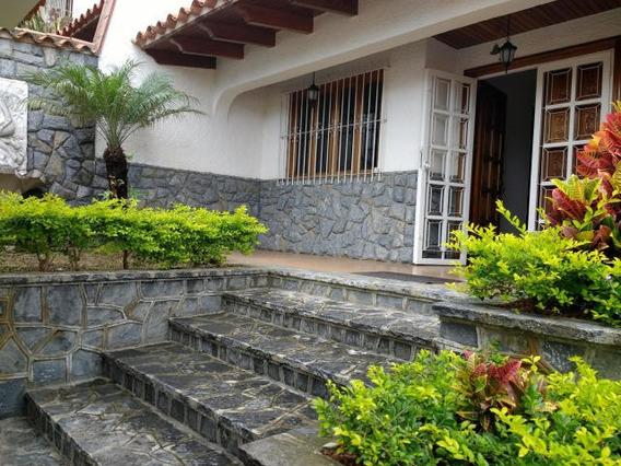 Casas En Venta 17-1 Ab Gl Mls #19-18730 --- 04241527421
