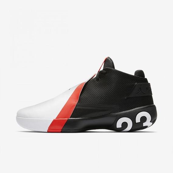New Balance 574 Negra Y Roja Zapatillas en Mercado Libre