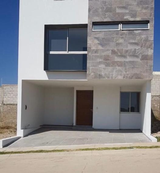 Vendo Casa En Valle Imperial En Capital Norte, Zapopan, Jal.