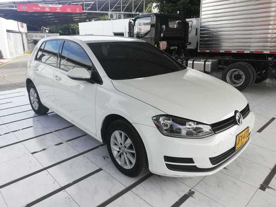 Volkswagen Golf Trendline 1.6 Carlos Escobar