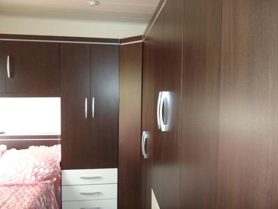 Apartamento Com 2 Dormitórios E 1 Vaga De Garagem.