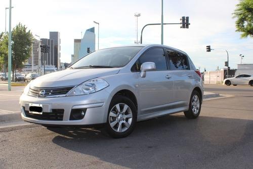 Nissan Tiida Tekna 1.8 6mt