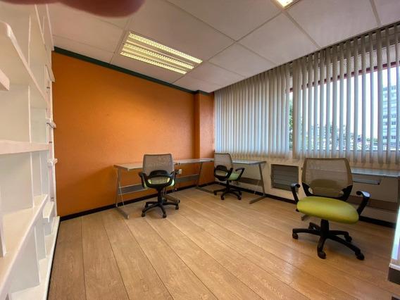 Oficina En Corporativo Aa. Amueblada Lista Para Usarse