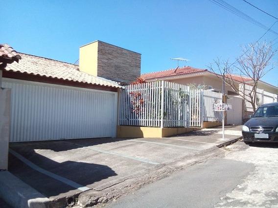 Casa Com 3 Quartos Para Comprar No Jardim José Alexandre Em Botelhos/mg - 1941
