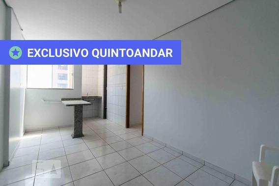 Apartamento No 1º Andar Com 1 Dormitório E 1 Garagem - Id: 892984705 - 284705