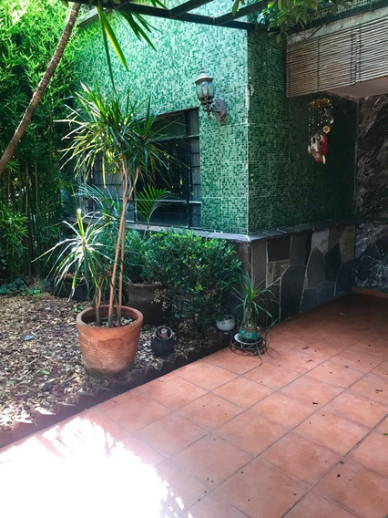 Casa Duplex En Venta Con Bungalow En R De Terreros Para Remodelar