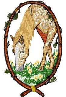 Matriz Bordado Cavalo Na Moldura