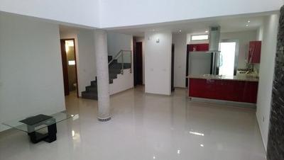 En Venta Amplia Casa En Santillana - Solares Residencial - Aviacion