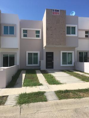 Preciosa Casa 3 Recámaras En Coto 13 De Real Del Valle