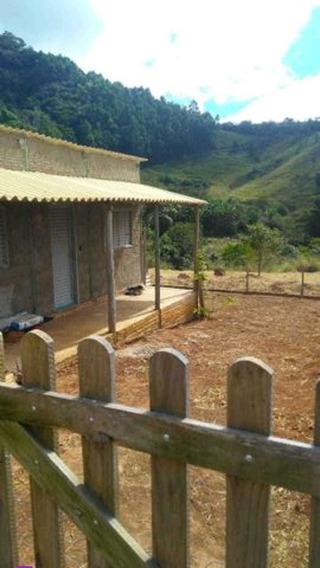 Sítio No Sul De Minas , São Tomé Das Letras .com 20.000 M2, Localizado Em Lugar Privilegiado Com Natureza Exuberante A 200 Metros Da Cachoeira Da Lua. - 249