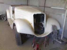 Chevrolet 1934 Master De Luxe Sport Roadster.