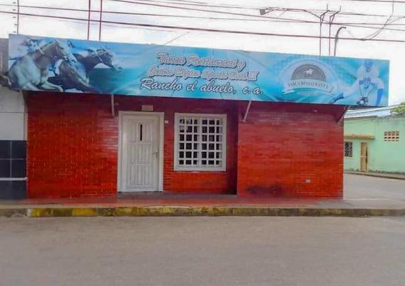 Alquilo Local De Oportunidad Frente A La Plaza Piar