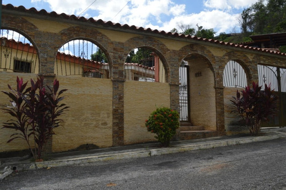 Cm 20-231 Casa En Venta Valle Arriba