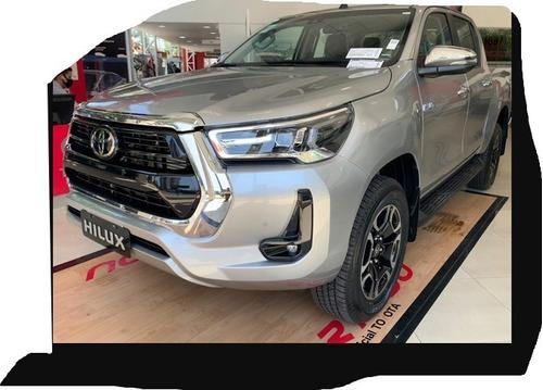 Toyota Hilux 2.8 Cd Srx 205cv 4x4 At Particular. Gris Claro,