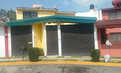 Se Vende Casa En Condominio En Atizapán .