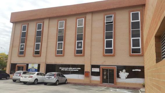 Oficina Alquiler Zona Industrial Coldflex 19-8117 Ursula P