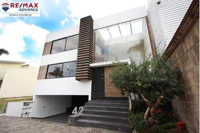 Hermosa Casa En Cluster 7-7-7
