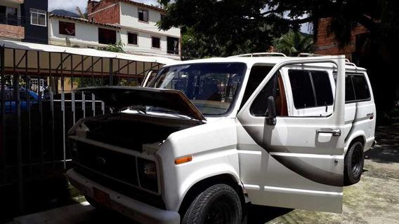 Ford Econoline Econoline Club Wagon