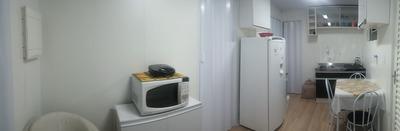 Apartamento Mobiliado Com Um Dormitório E Box Coberto