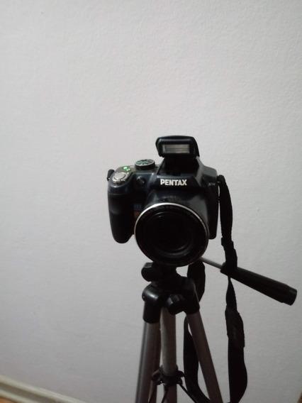 Máquina Fotográfica Digital Pentax X90