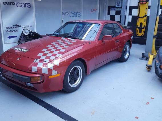 Porsche 944 1983