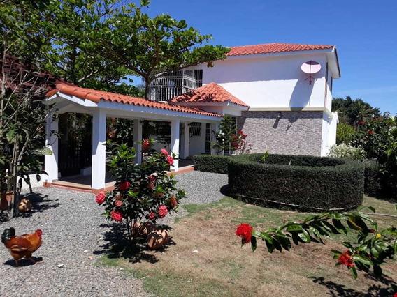 Hacienda De 309 Tareas Ganadera En Pimentel, San Fco De M.