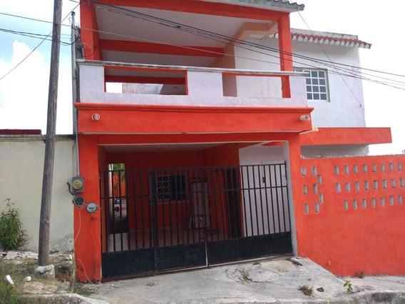 Casa 4 Recamaras, Planta Baja:, Sala, Comedor, Cocina, Baño