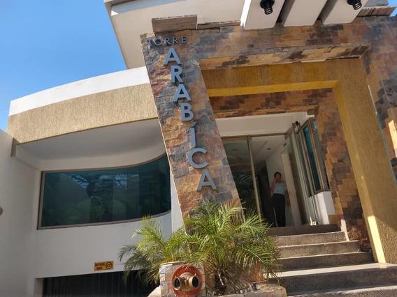 Maison Inmobiliaria Vende Ofc. La Arboleda 04243162405
