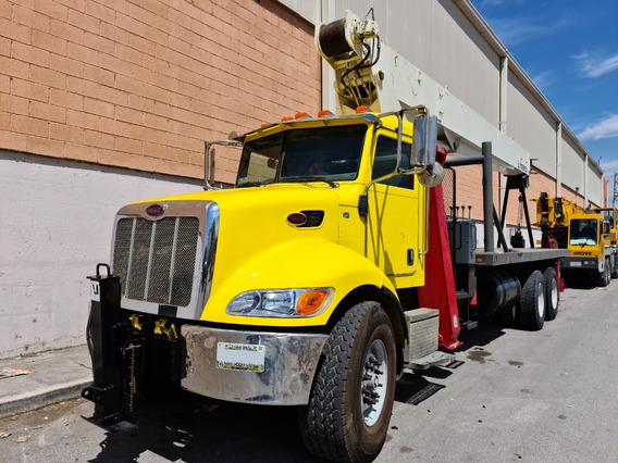 Grúa Titan Terex En Camión Peterbilt