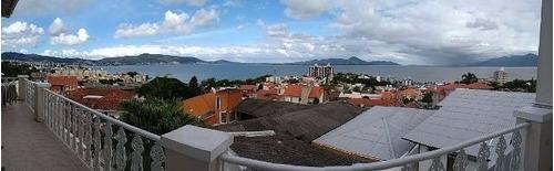 Imagem 1 de 15 de Casa A Venda No Bairro Itaguacu Em Florianopolis - V-75463