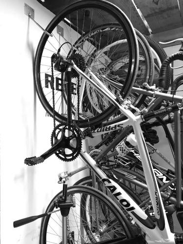 Imagem 1 de 3 de Suporte De Bike Vertical Gancho Pendurar Bicicleta Parede