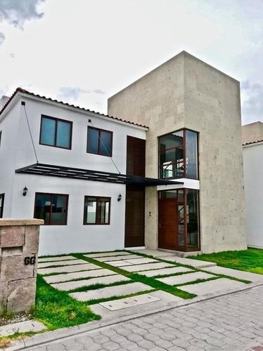 Casa En Condominio En Venta En Metepec, Residencial Condado Del Valle