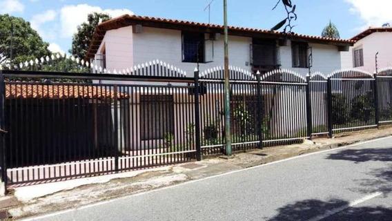 Casa En Alquiler En Las Acacias 20-23724