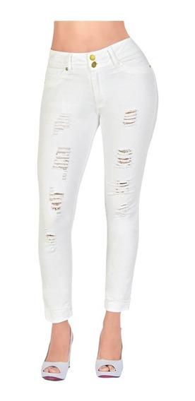 Jeans Con Detalles Rotos Destrucción