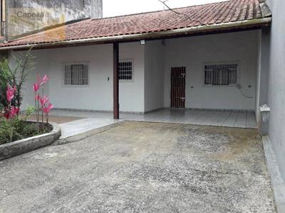 Casa 2 Amplos Dormitórios À 300mts Da Praia.