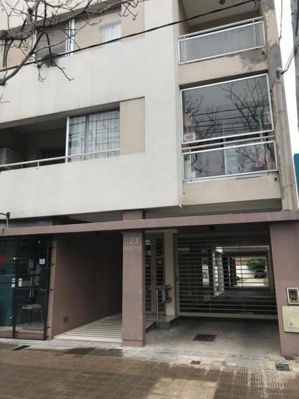 Alquiler De Departamento De 1 Dormitorio Con Balcon