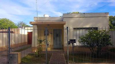 Casas En Venta En Sarmiento Al 3400 En Marcos Paz
