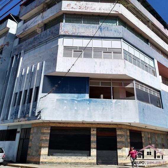 Oficina Con Excelente Ubicación En El Centro De La Ciudad