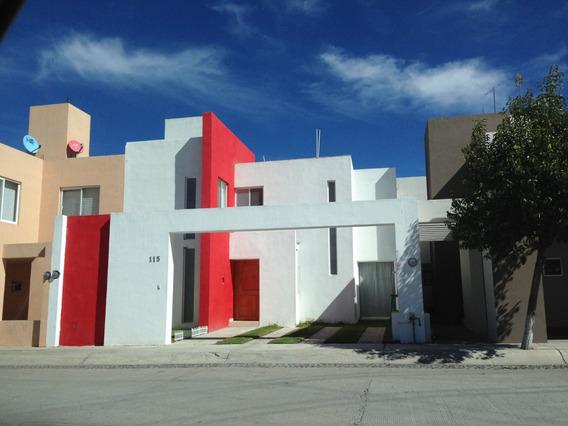 Renta De Casa En Trojes San Cristobal. Aguascalientes.