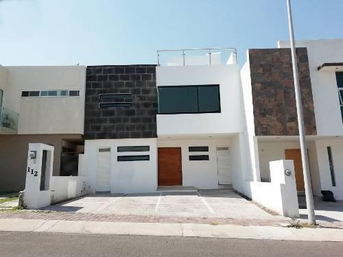 Casa A La Venta En El Refugio, Querétaro