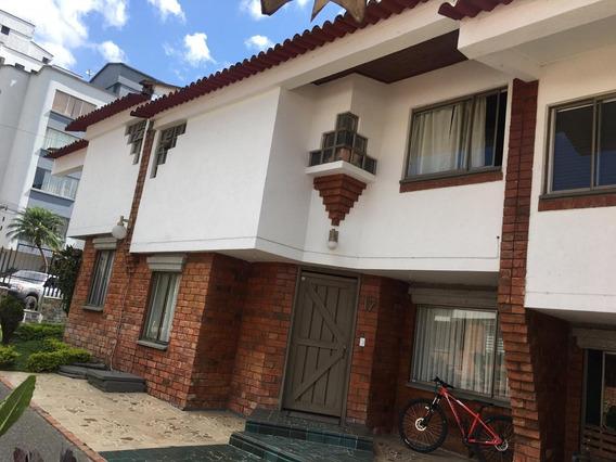 Venta De Casa En Conjunto Cerrado La Castellana