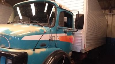 Caminhão Mercedes Benz Truck 1114 89 Bau