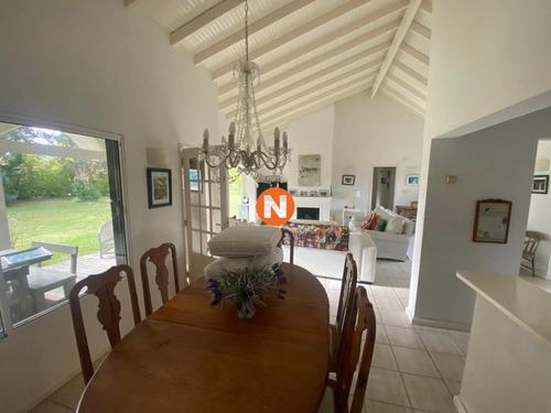 Hermosa Casa En Las Mejores Zona De Punta Del Este- Ref: 217926