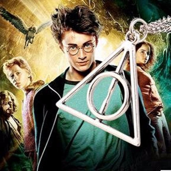 Colar Harry Potter E As Relíquias Da Morte Pingente Ouro