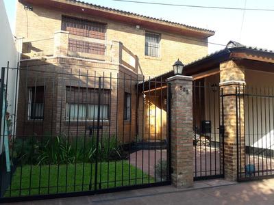 Excelente Casa A La Venta En 2 Plantas En San Miguel