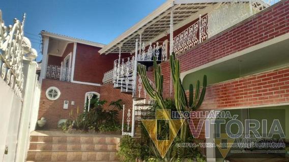 Casa Para Venda Em Bragança Paulista, Centro, 4 Dormitórios, 1 Suíte, 4 Banheiros, 6 Vagas - Pv 551