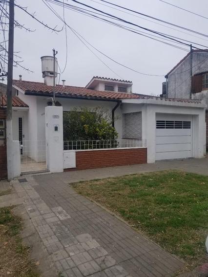 Venta-amenabar 1859-casa 2 Dormitorios-patio-cochera