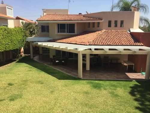 Hermosa Residencia En Colinas De San Javier Dentro De Coto