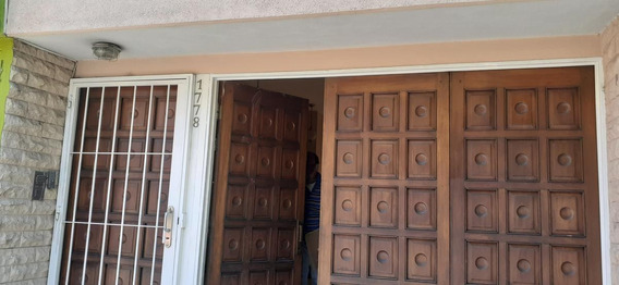 Alta Córdoba Casa Con Local Y Departamento: Fragueiro 1700